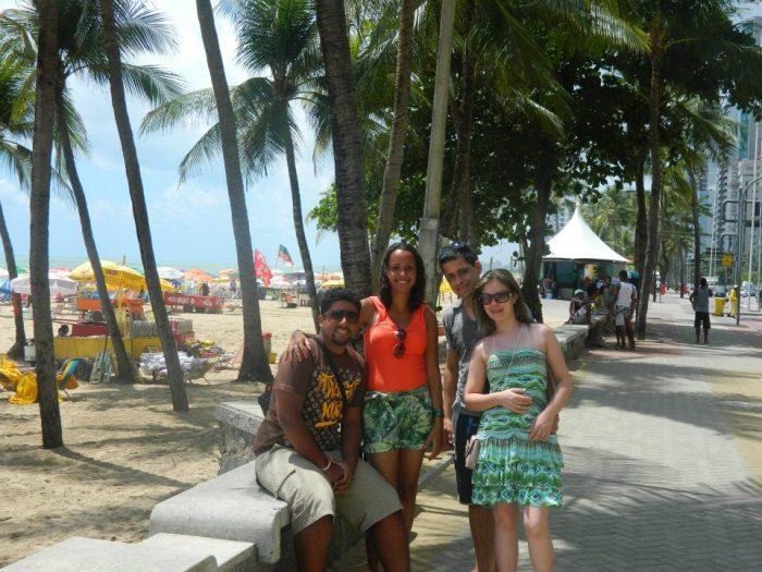 Deise, Alexandre e nós fazendo um tour rápido em Recife (Dezembro/2011)