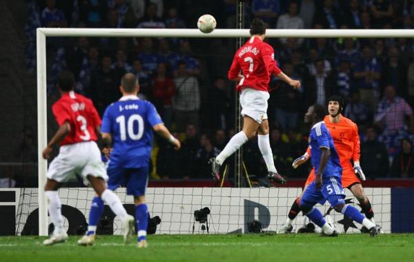 Gol do CR7 na final de 2008 contra o Chelsea