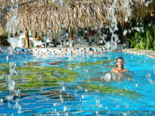 Bar piscina - Hotel Portaló