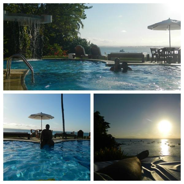 Final de tarde na piscina - Hotel Portaló