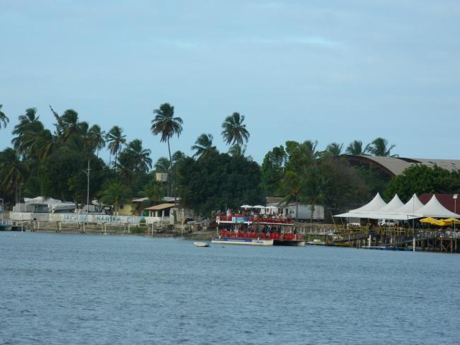 Vista do catamarã para o bar do Jacaré - João Pessoa - PB