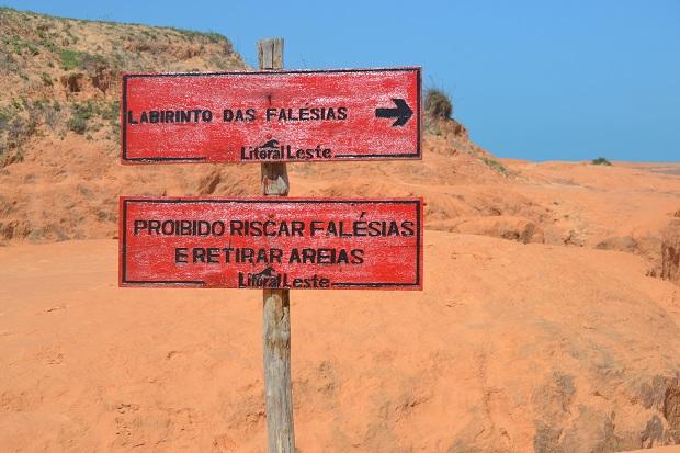 Início das Falésias de Morro Branco - CE