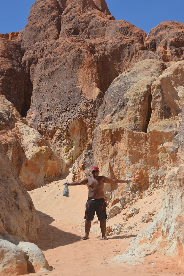 Thiago se sentindo no Grand Canyon hahaha