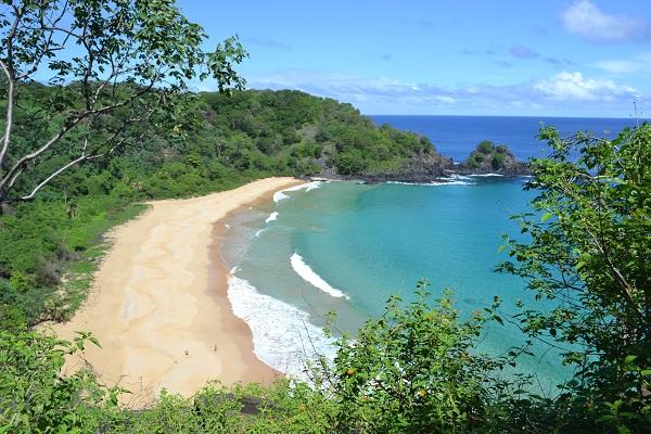 Praia do Sancho - a mais bonita do Brasil!