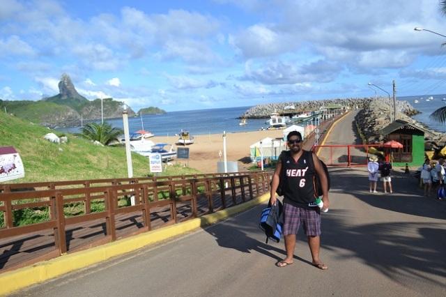 Porto de Santo Antônio, local de onde chegam e saem as embarcações em Noronha