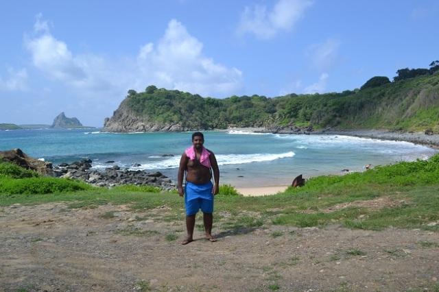 Aqui, a muito bonita Praia do Meio