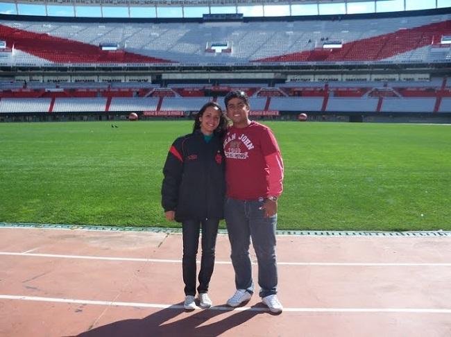 Nós no belo Monumental, estádio do River Plate, em Buenos AIres
