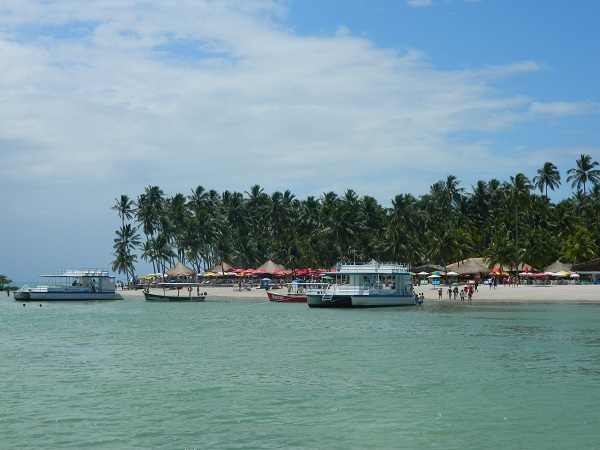 2011: Vista da Praia dos Carneiros de dentro do Catamarã