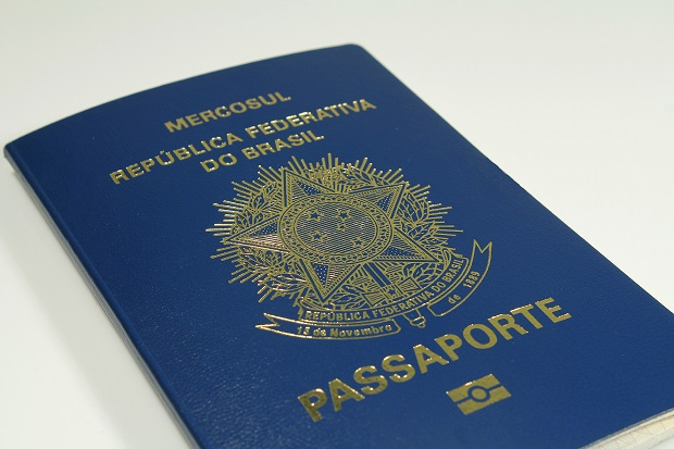 Passaporte na mão!