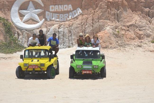 Thiago, Renato, Rafa e Carol em Canoa