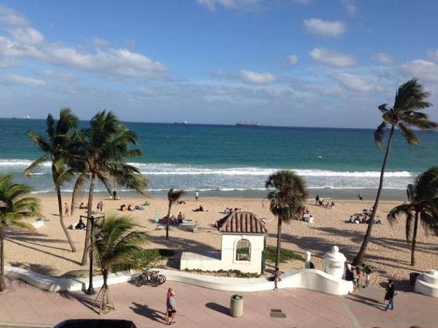 Fort Lauderdale tem ótima praia
