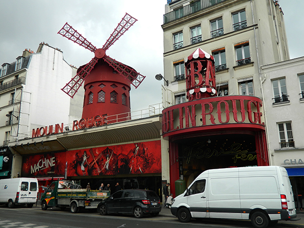 Moulin Rouge virou até filme