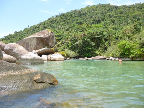 Piscina natural do Cachadaço (Foto: Guia Roteiro de Turismo)