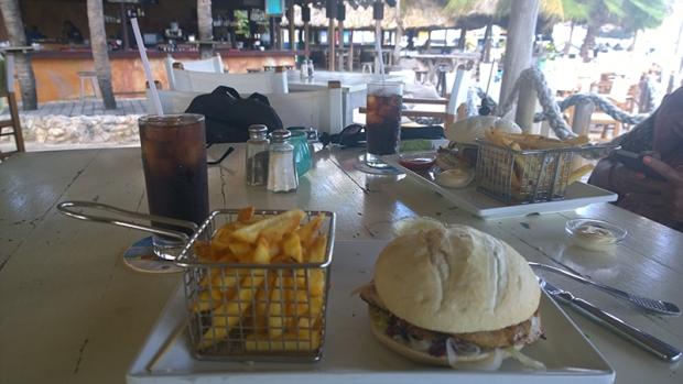 Hemingway Beach Bar & Resort Curaçao