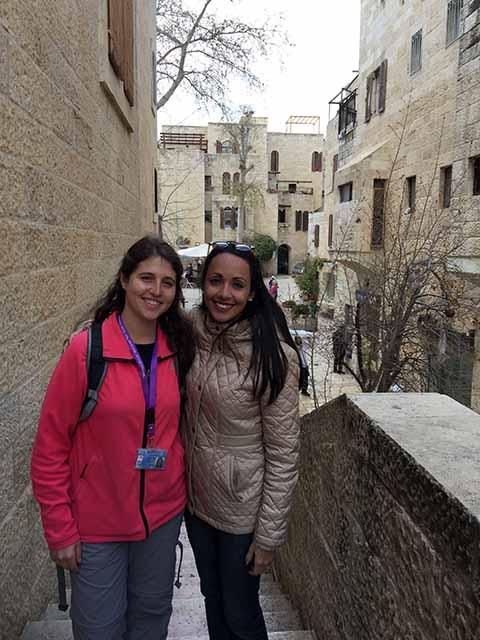 Guia brasileira em Israel: Aline Szewkies